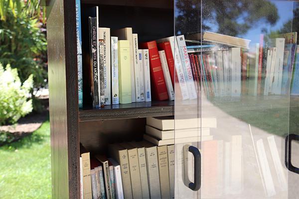 Livres déposés dans la boîte à livres