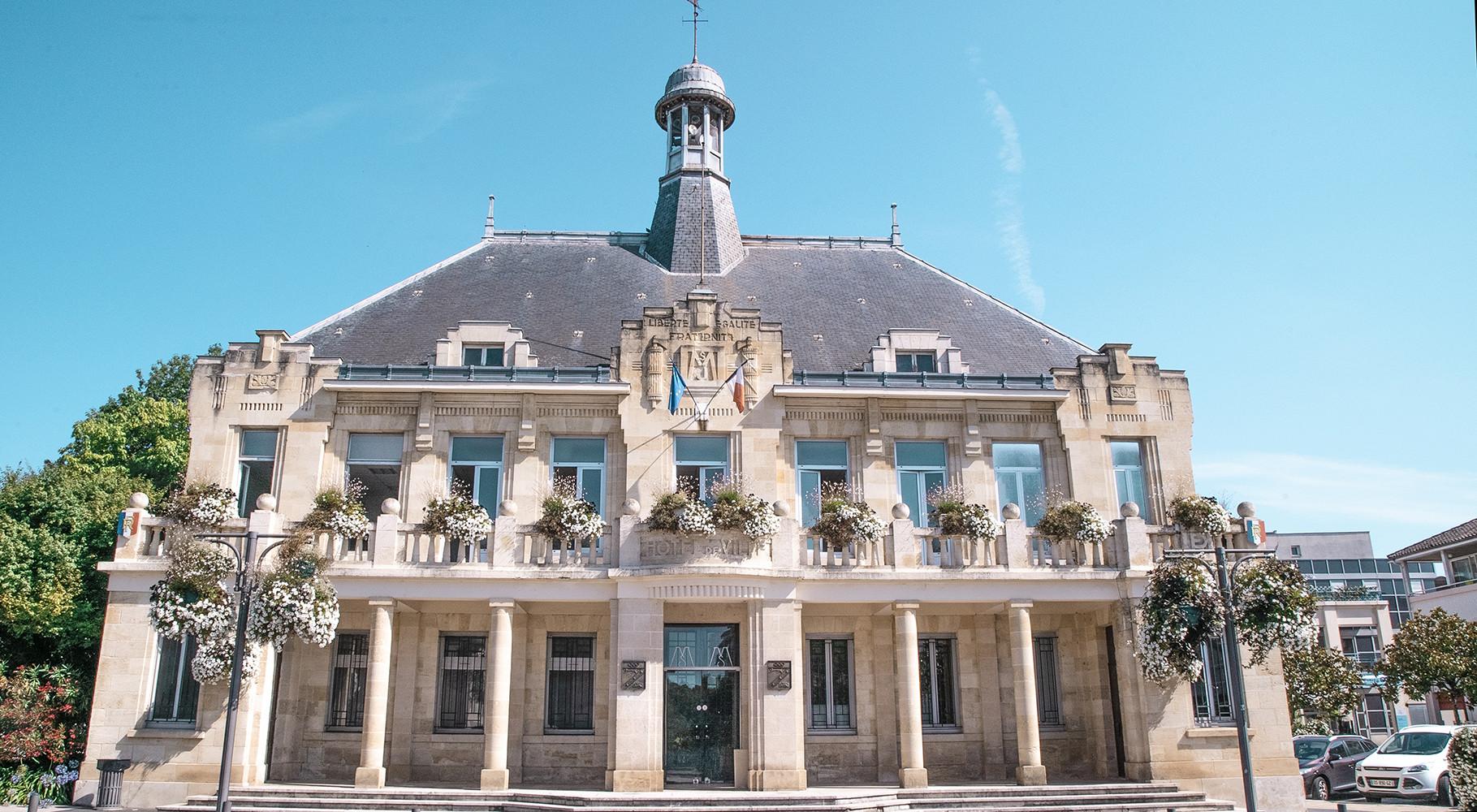 Mairie de Saint-Médard-en-Jalles